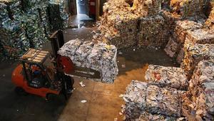 الداخلية ومهنيو الإسمنت: استيراد النفايات الإيطالية قانوني.. ولا وجود لأيّ ضرر