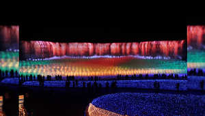 اليابان: الزهور تتألق بأكبر معرض للضوء