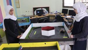 غزة.. ابتكار روبوتات ذكية لمساعدة المكفوفين
