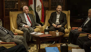 اتفاق بين فتح وحماس بالقاهرة يعيد قطاع غزة إلى السلطة الفلسطينية