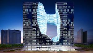 مسبح بالهواء وبرج سواروفسكي.. هذه روائع العمارة في دبي