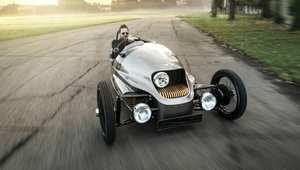 كلا.. ليست من وحي رسام.. هذه السيارات حقيقية!