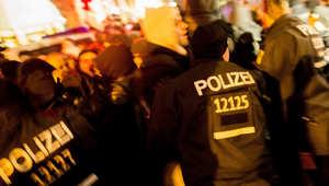 """إلقاء مواد حارقة على مقر صحيفة ألمانية أعادت نشر رسومات من """"شارلي إيبدو"""" الفرنسية"""