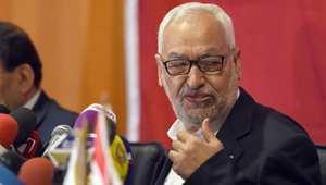 انقسام الحزب الحاكم في تونس يفتح الطريق لعودة الإسلاميين إلى صدارة الحكم
