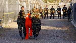 الجزائر تبحث مع الولايات المتحدة تسليم آخر ثمانية جزائريين معتقلين في غوانتانامو
