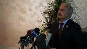 حفتر من عمّان: لم يتدخل الجيش في سرت لمحدودية الإمكانيات.. والأوضاع السياسية والعسكرية بليبيا جيدة خصوصا بالمنطقة الغربية