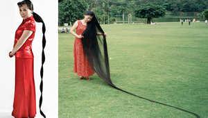 صاحبة أطول شعر في العالم...نفس طول الزرافة وتطيله منذ 1973