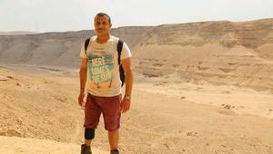"""مصري يعاني الشلل يستعد لتسلّق """"توبقال"""".. ثاني أعلى قمة جبلية بإفريقيا"""