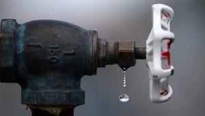 الجزائر ترفع قريبا من تسعيرة استهلاك المياه بسبب العجز المالي