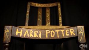 بالفيديو: 400 ألف دولار مقابل الكرسي الذي شهد كتابة هاري بوتر