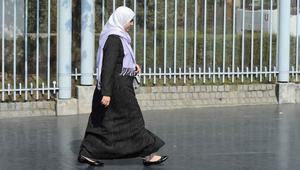 """طالبات فرنسيات يدعون إلى """"يوم الحجاب"""" احترامًا لحرية المرأة المسلمة"""