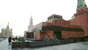 رافقونا في تجربة زيارة قبر لينين في موسكو