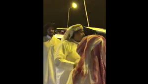 بالفيديو: الشاعر القطري ابن الذيب بأول أبياته بعد مغادرة السجن: ما تنفع القسوة معي يا حكومة