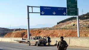 المعارضة السورية على طريق اللاذقية مسقط رأس الأسد.. وأنباء عن تقدم لحزب الله في القلمون