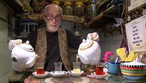 تعال معنا إلى أصغر مقهى للشاي في العالم