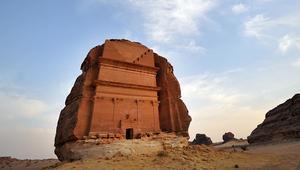 اكتشف ما يوجد داخل قبور مدائن صالح بالسعودية