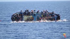 غرق قاربهم في مياه المتوسط.. أسر مغربية تبحث عن مصير أبنائها