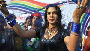 سيدة هندية تشارك في أحد تجمعات المثليين جنسيا في الهند