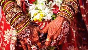 عروس في أبهى حللها ليلة الزفاف
