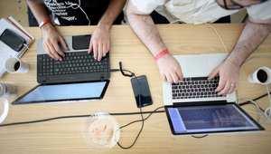 الانترنت يعود إلى الجزائر بعد انقطاع دام خمسة أيام إثر تضرّر كابل