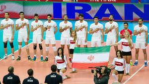 من إحدى مباريات المنتخب الإيراني لكرة الطائرة