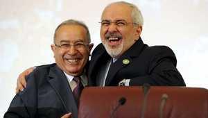 وزير الخارجية الإيراني مع نظيره الجزائري