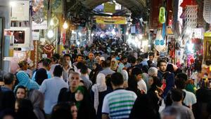 إيران وتركيا تشرعان في التبادل المصرفي بالعملتين المحليتين