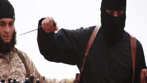 طبيب نفسي أمريكي لـCNN: موجات من قطع الرأس حول العالم ستنطلق بتأثير تغطية داعش.. والقادم أعظم