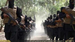 غارات أمريكية وإماراتية على داعش بسوريا والتنظيم يتراجع إلى ضواحي كوباني.. وفرنسا تؤيد مطلب المنطقة العازلة لأردوغان
