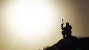 رأي: هل تفوز القاعدة باستعارة المالكي أوراق لعب الأسد؟
