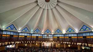 """هيئة إسلامية تعتمد معايير للعربون وفسخ العقد وتطلب مساهمات حول """"المضاربة"""" و""""المشاركة"""""""