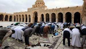 توتر في صفاقس بسبب استمرار عزل إمام مسجد.. والمصلّون يلغون خطبة الجمعة