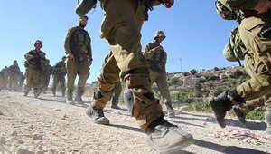 انتشر الجيش الإسرائيلي في أنحاء مختلفة بالضفة الغربية بحثا عن الشباب الثلاثة