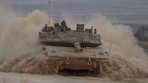 """نتنياهو يؤكد مواصلة العمليات بغزة وحماس تلوح بـ""""عبور الحدود"""" في المعركة المقبلة"""