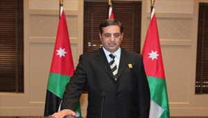 السفير الأردني في ليبيا فواز العيطان لدى أدائه اليمين سفيراً لبلاده في طرابلس