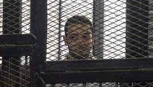 مصر: صحفي الجزيرة يذكر المحكمة باليوم العالمي لحرية الصحافة