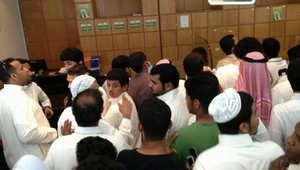 زحام شديد في جدة يعطّل توزيع بطاقات افتتاح الملعب وحضور النهائي