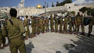 الجيش الإسرائيلي ينتشر قرب الحائط الغربي في المسجد الأقصى  بالقدس.