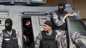 """القوات الأردنية تعلن القضاء على """"إرهابي"""" من جنسية عربية في مداهمة"""