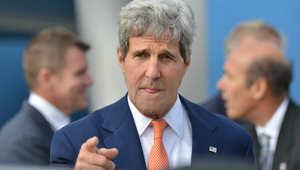 كيري: لن نرسل قوات بريّة إلى العراق وعلى العبادي تشكيل حكومة وحدة لمقاتلة داعش