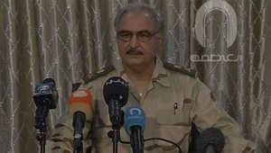 70 قتيلا و141 جريحا بمعارك بنغازي.. وحفتر ينفي تنفيذ انقلاب