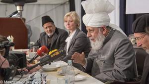 أحكام بالحبس غير النافذ والغرامة بحق أحمديين في الجزائر