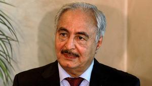 زيارة حفتر للجزائر.. بحث عن الدعم العسكري أم تقارب لأجل حل سياسي؟