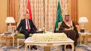 أردوغان يؤدي العمرة.. ورئيس الشؤون الدينية التركي يقابل خامنئي داعيا للتنسيق بين أنقرة والرياض وطهران