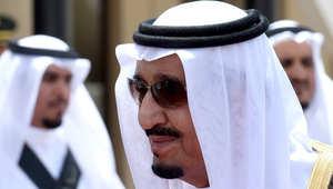 الملك سلمان يهاجم طائفية الحوثيين ونقض صالح للعهود.. وحزب الرئيس السابق يتهم الرياض بمحاولة اغتياله مع أسرته
