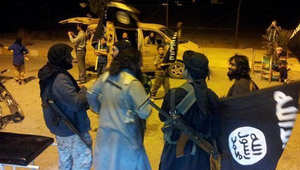 ناشطون: عناصر داعش يسيطرون على ثلث كوباني وقتال مستعر في الشوارع مع المسلحين الأكراد