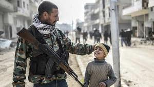 """سوريا.. الوحدات الكردية تسيطر على """"صرين"""""""