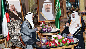 بالصور: أمير الكويت يلتقي العاهل السعودي وولي عهده بالرياض وسط خلافات حول حقل الخفجي النفطي