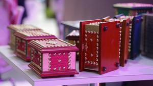 """ما هو """"صندوق المبيت"""" البحريني؟ وكيف يستمر تصنيعه إلى اليوم؟"""
