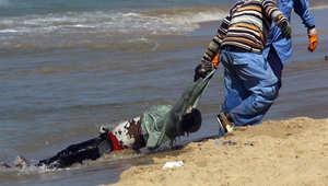 مأساة جديدة في مياه المتوسط.. عشرات المهاجرين في عداد المفقودين وانتشال 10 جثث